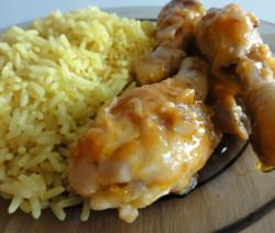 Kuřecí paličky s medem, kečupem a česnekem