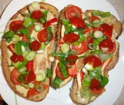 Obložený chleba ve vajicku