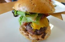 Domácí hovězí burger